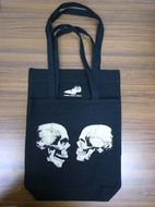 The unknown skull male and female トートバッグ